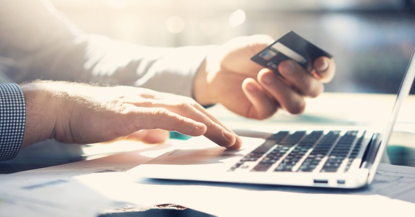 What are the Advantages of Banking Online?